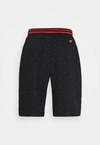 Carlo Colucci - Shorts - black - 1