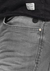 Blend - GRILITSCH - Denim shorts - denim grey - 5