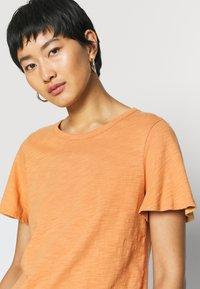 GAP - SLUB  - T-shirt basic - tumeric - 3