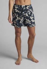 Anerkjendt - AKSHARK  - Swimming shorts - tofu - 0