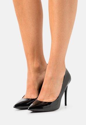STESSY - Classic heels - black