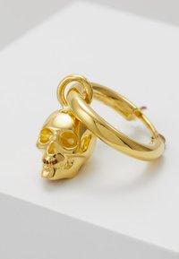 Northskull - ATTICUS SKULL HOOP EARRING - Boucles d'oreilles - gold-coloured - 5