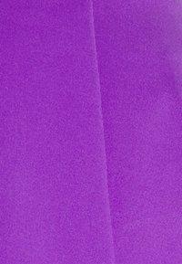 Nike Performance - VICTORY FLOUNCY SKIRT - Sports skirt - wild berry/white - 2