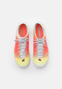 Nike Performance - MERCURIAL 8 ACADEMY MDS TF - Astro turf trainers - white/bright mango - 3