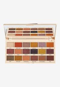 I Heart Revolution - I HEART REVOLUTION CARAMEL NUDES CHOCOLATE EYESHADOW PALETTE - Eyeshadow palette - brown - 0