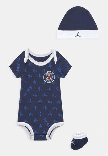PSG SET UNISEX - Print T-shirt - midnight navy