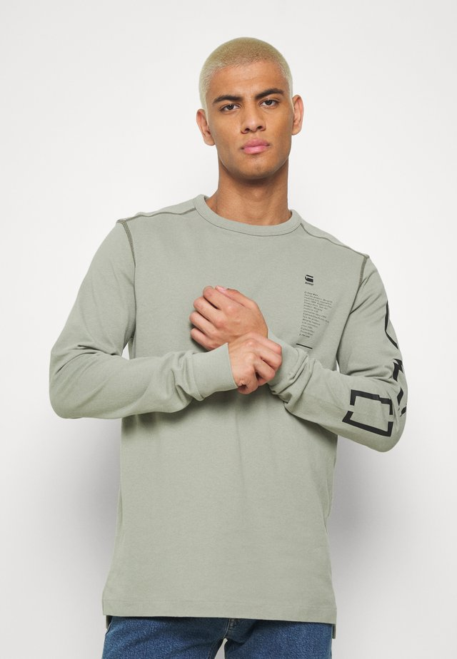 MULTI ARM GR SHIELD R T L\S - Long sleeved top - orphus