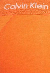 Calvin Klein Underwear - LOW RISE TRUNK 3 PACK - Culotte - blue - 6