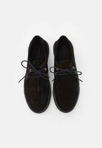 Bianco - BIACHAD LOAFER - Zapatos con cordones - black - 3