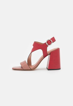 AGELICA - Sandals - red