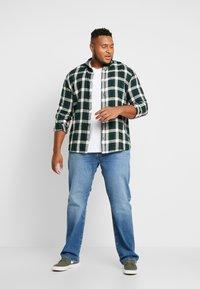Burton Menswear London - BASIC TEE 7 PACK - T-Shirt basic - grey/black/white - 1