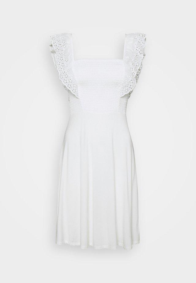 VIIRLA DRESS - Denní šaty - snow white