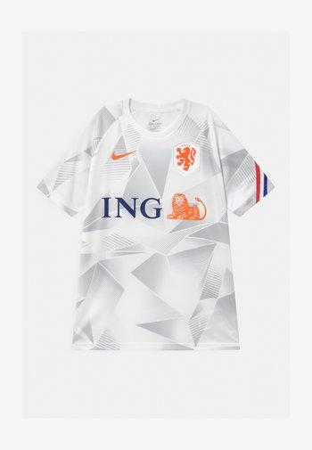 NIEDERLANDE UNISEX - National team wear - white/safety orange
