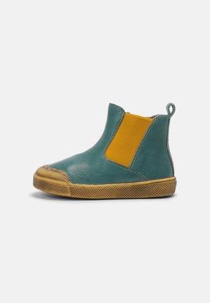 ROSARIO CHELYS UNISEX - Classic ankle boots - petroleum