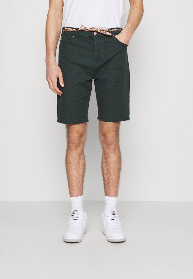 SEASONAL GARMENT DYED 5 POCKET - Shorts - sea green