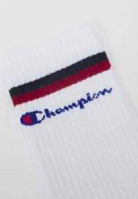 Champion - CREW SOCKS STRIPES 6 PACK UNISEX - Träningssockor - white/red/black - 1