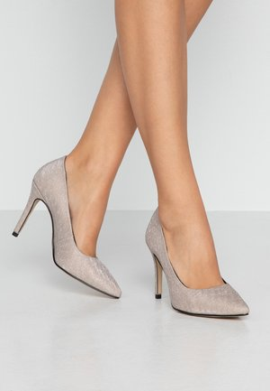 High heels - champagne glam
