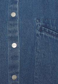 CLOSED - ALIZA - Button-down blouse - mid blue - 2
