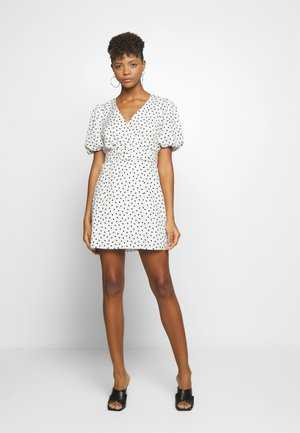 WRAP DRESS - Day dress - white/black