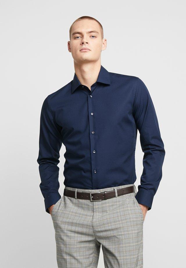 BUSINESS KENT EXTRA SLIM FIT - Formal shirt - dark blue
