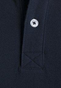 Pier One - 3 PACK - Polo shirt - dark blue/white/black - 7