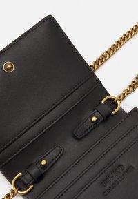 Pinko - JOLIE CREDIT CARD HOLDER SIMPLY - Wallet - black - 3