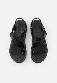 Tommy Jeans - IRIDESCENT STRAPPY - Platform sandals - black - 5