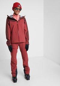 Haglöfs - STIPE JACKET WOMEN - Snowboard jacket - brick red/maroon red - 1