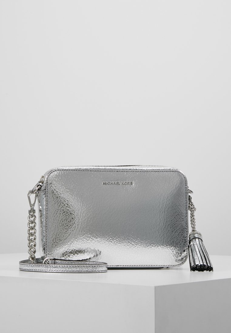 MICHAEL Michael Kors - CROSSBODIES CAMERA BAG - Across body bag - silver