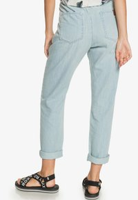 Roxy - MIT RELAXED FIT  - Relaxed fit jeans - light blue - 2