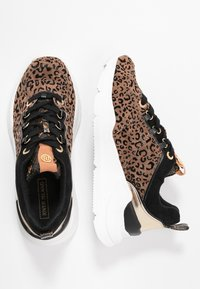 River Island - Trainers - brown - 3