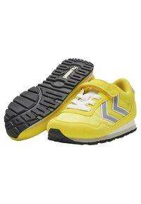 Hummel - REFLEX JR UNISEX - Trainers - yellow - 1