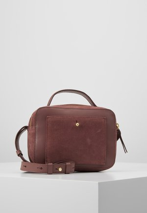 LEATHER - Across body bag - dusty rose