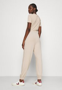 Gestuz - CHRISDAGZ - Tracksuit bottoms - beige - 2