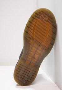 Dr. Martens - 2976 CHELSEA - Classic ankle boots - black - 4