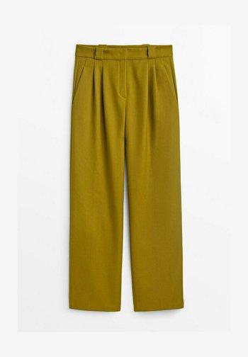 Trousers - light green