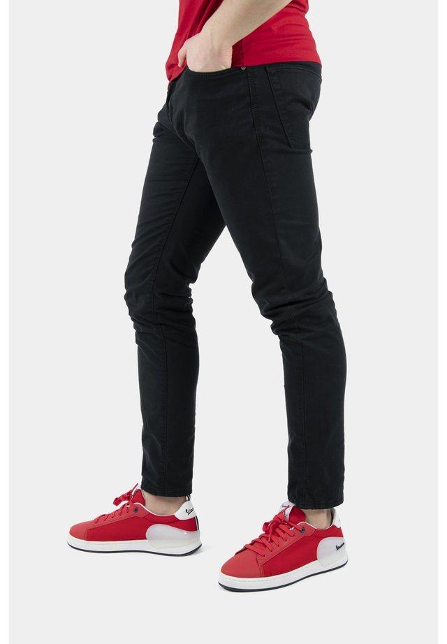 FRECCIA - Sneakers basse - 50 - rosso