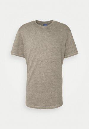 JORDARKNESS TEE CREW NECK - Basic T-shirt - crockery