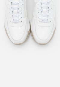 Tamaris Pure Relax - LACE UP - Sneaker low - white - 5