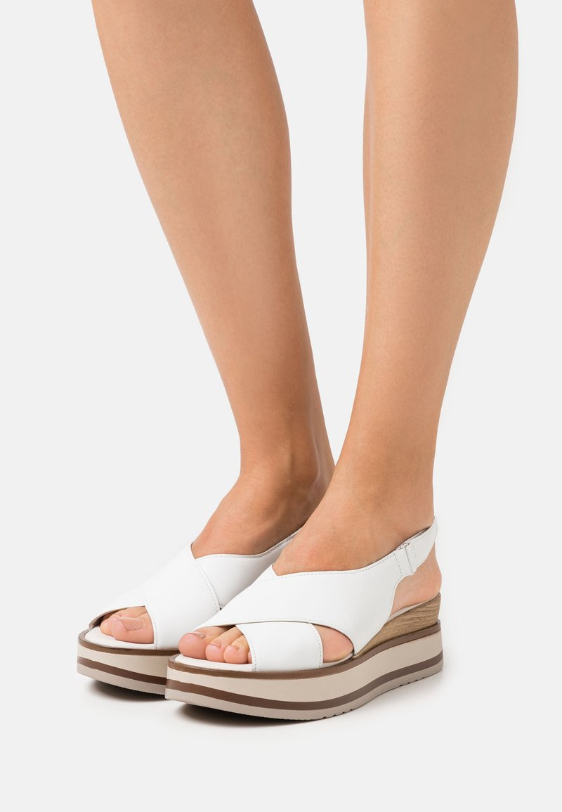 Gabor - Platform sandals - weiss/natur