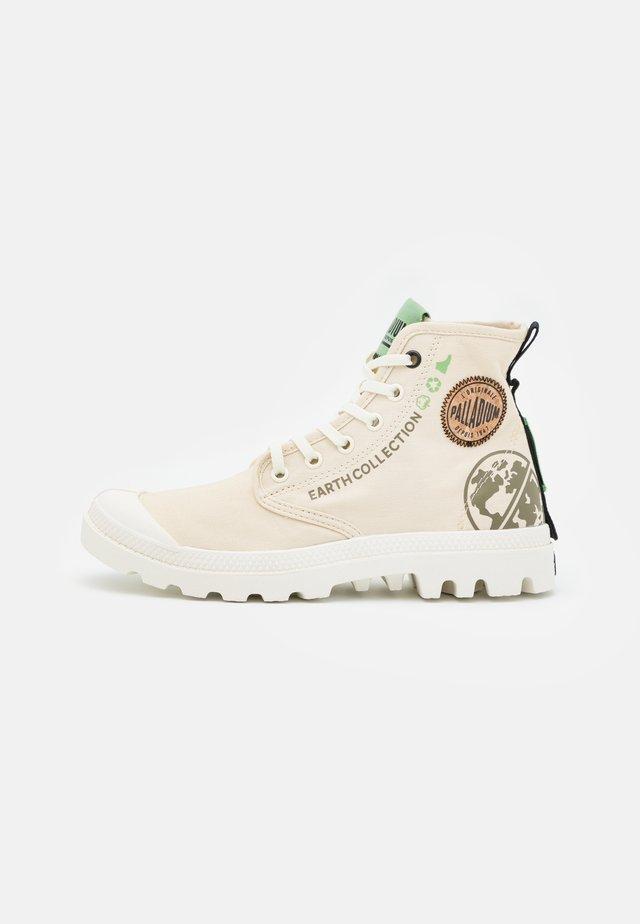 PAMPA ORGANIC UNISEX - Sneakers alte - sahara
