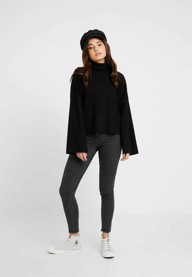 NMSHIP ROLL NECK - Strikkegenser - black