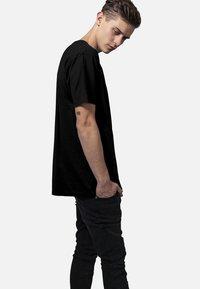 Urban Classics - T-shirts basic - black - 2