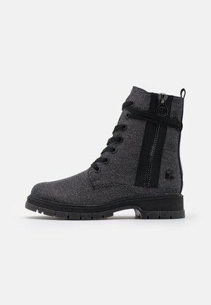 BOOTS - Snørestøvletter - black/metallic