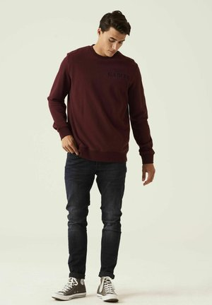 WITH TEXT PRINT - Sweater - oxblood