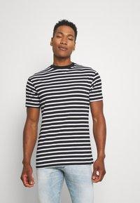 Newport Bay Sailing Club - PORTER TEE - T-shirt imprimé - black - 0