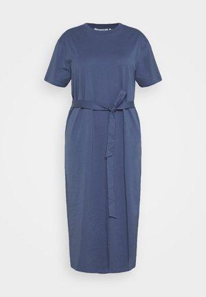BELTED MIDI DRESS - Žerzejové šaty - dark blue