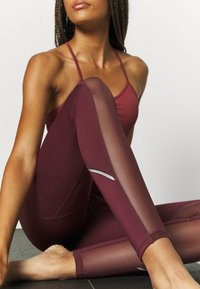 South Beach - INSERT HIGHWAIST LEGGING - Medias - burgundy