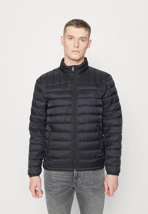 LIGHTWEIGHT PACKABLE JACKET - Light jacket - black