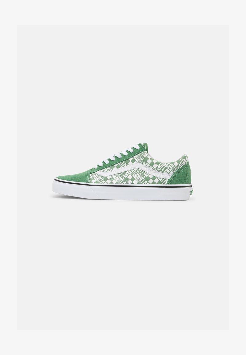 Vans - OLD SKOOL UNISEX - Trainers - green/true white